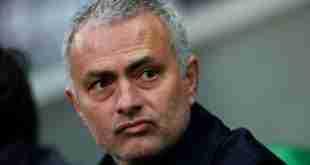 José Mourinho, tecnico del Manchester United. (foto: Zimbio.com)