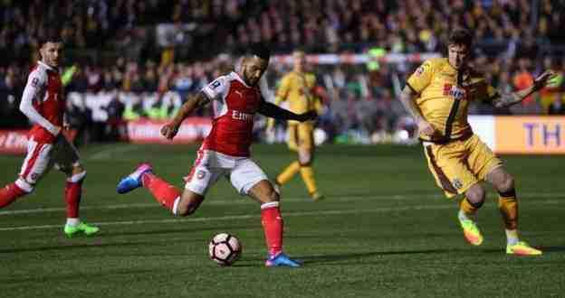 Theo Walcott ha realizzato il gol numero 100 con la maglia dell'Arsenal.